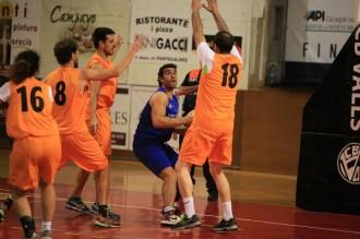 El Club Bàsquet Valls es bolca un any més amb la Marató de TV3