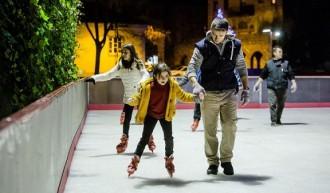 Guanya invitacions per patinar a la pista de gel de la Plaça Mercadal
