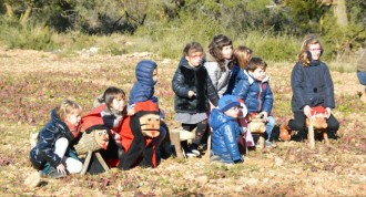 Les fotografies de l'arribada dels tions a l'ermita de Sarral