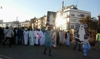 La comunitat senegalesa de Cambrils surt al carrer per celebrar el Magal
