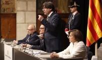 Vés a: El govern espanyol demana als ajuntaments quants retrats necessiten de Felip VI
