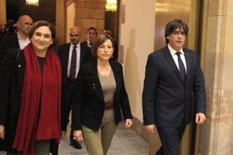 Vés a: Puigdemont convoca una cimera política i social en defensa de la Llei 24/2015