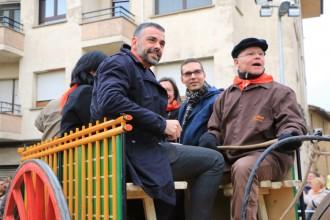 Santi Vila presideix la històrica festa dels Tonis de Santa Eugènia de Berga