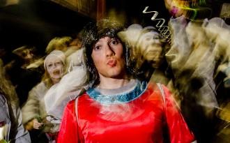 Les senyoretes i els homenots mostren el seus atributs al Carnaval de Torelló