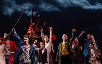 Arriba a Barcelona «Fang i setge», el gran musical del 1714