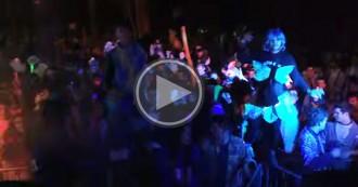 El ball del Carnaval de Torelló finalitza amb aldarulls i gasos lacrimògens
