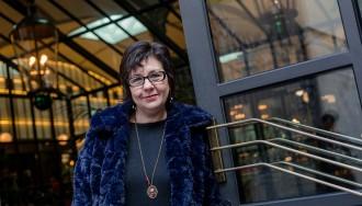 Teresa Solana: «M'agrada fer reflexionar el lector de manera entretinguda»