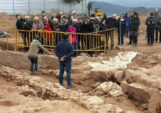 El jaciment arqueològic del camp de futbol desperta l'interès dels cardonins