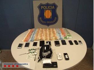 Vés a: Els Mossos detenen cinc persones que volien vendre droga al Carnaval de Sitges