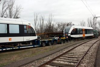 Arriba a Lleida el segon dels nous trens de la línia de la Pobla