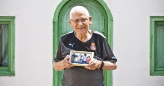 Matadepera ret homenatge a Josep Parra al camp de futbol