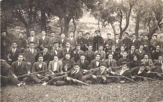Alumnes de l'Escola Militar La Tarrasense del tinent de la guàrdia civil Antonio Garcia Estelche