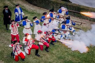 VÍDEOS i FOTOS Montesquiu reviu la històrica batalla de 1714