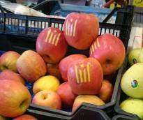 Les pomes amb l'estelada, la darrera moda del màrqueting independentista