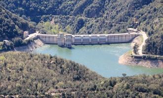 Vés a: El sistema Ter-Llobregat garanteix les demandes d'aigua de mig any