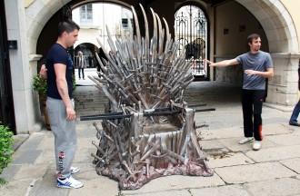 El seient dels Set Regnes de «Joc de Trons» arriba a Girona