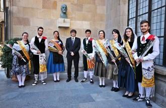 La pubilla de les Terres Lleidatanes, la solsonina Anna Segués, a la recepció de Sant Jordi a la Generalitat