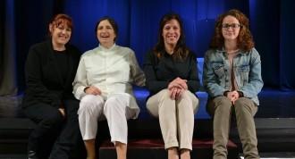 «Interiores», d'Acció Teatre: monòlegs durs amb veu de dona