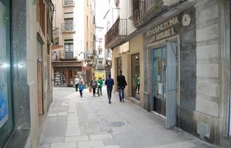 Es restableix el trànsit al carrer Sant Miquel després de les obres a la xarxa d'aigua potable