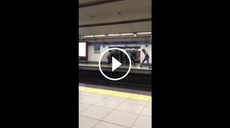 Brutal baralla entre joves al metro de Madrid