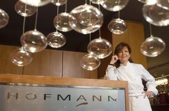 Vés a: Mor Mey Hofmann, xef pionera de Barcelona amb una estrella Michelin