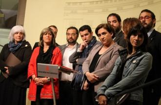 Els municipis reclamen als bancs que «no s'aprofitin» de la suspensió de la Llei 24/2015