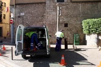 Ja es torna a pujar a fer petons al Cul de la Lleona de Girona amb una escala «més segura»