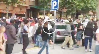 Vés a: Garcia Albiol retransmet en directe des de Periscope com li boicotegen un acte