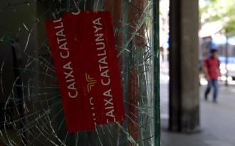 Vés a: Entitats històriques de Gràcia donen suport al «banc expropiat» i demanen acabar amb la violència