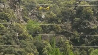 Vés a: Rescaten una nena de 14 anys que havia quedat atrapada en un barranc al Pallars Sobirà