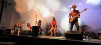 QuicuLloms ofereix un concert al Bar Casal a benefici de Somriu a la vida