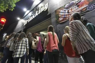 Vés a: La Zona Hermètica de Sabadell demana clemència per mantenir oberts els cinc últims locals