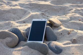 Consells per protegir el mòbil a l'estiu