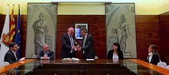 L'Ajuntament solsoní rep el conseller Baiget abans de celebrar el 25è aniversari de la fàbrica Simet