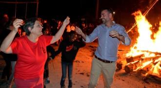 Isil viu una de les baixades de falles més multitudinàries dels darrers anys