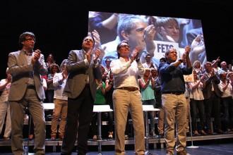 Vés a: Puigdemont carrega contra els que «cavalquen damunt de l'escombraria de l'Estat»
