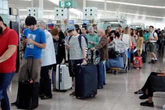 Vés a: La guia definitiva per navegar a internet a tots els aeroports del món