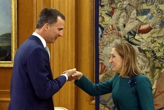 Vés a: Felip VI comença avui a consultar els partits mentre el PP pressiona PSOE i C's