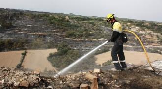 Vés a: Oberta la convocatòria per cobrir 350 places de bombers voluntaris de la Generalitat