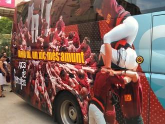 Els Xics de Granollers presenten a la ciutat el seu bus personalitzat