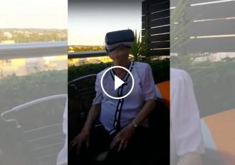 VÍDEO Una àvia catalana de 95 anys s'endú una gran sorpresa en experimentar la realitat virtual