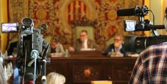 Vés a: Les forces sobiranistes exigeixen a Ros que Lleida reti homenatge a les víctimes l'1-O