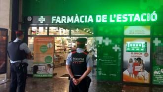 Les càmeres de videovigilància ajuden a resoldre furts a la farmàcia de l'estació de Sants