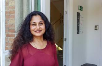 Parvati Nair: «La gestió dels refugiats mostra que la prioritat d'Europa és econòmica i no ètica»
