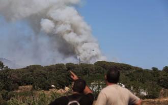 Vés a: EN DIRECTE L'incendi entre Blanes i Lloret de Mar ja ha afectat 30 hectàrees