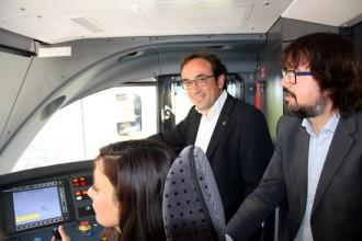 Rull qualifica d'«absurditat» el retard en l'estrena dels nous trens de la Pobla