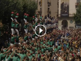 VÍDEO Emotiu homenatge casteller a la Mariona, la nena que va perdre la vida ara fa 10 anys