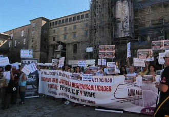 Vés a: Les víctimes de l'accident d'Alvia clamen «justícia» després d'«anys de mentides»