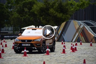 Vés a: VÍDEO Conduir el cotxe només amb les càmeres d'aparcament (Seat Ateca)