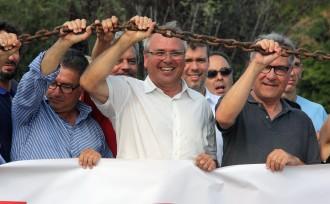 Vés a: Els alcaldes del Pacte de Berà i de les Terres de l'Ebre «s'encadenen» a l'N-340